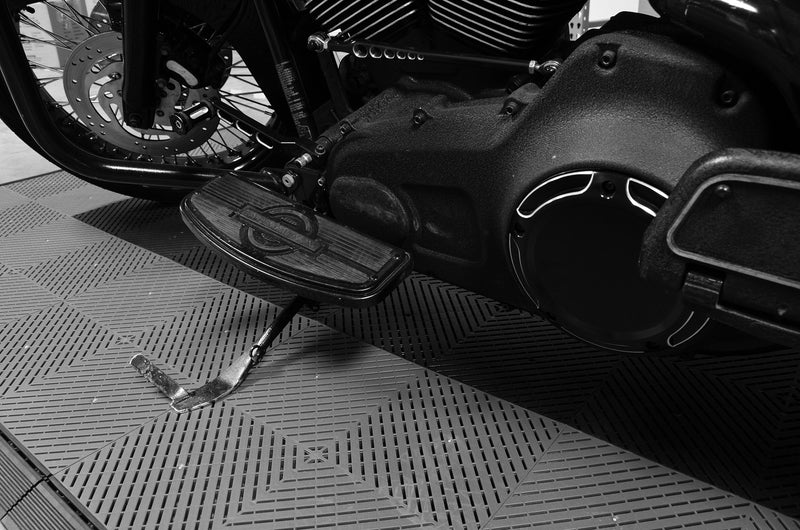 smooth Motorcycle Mat Kit Closeup