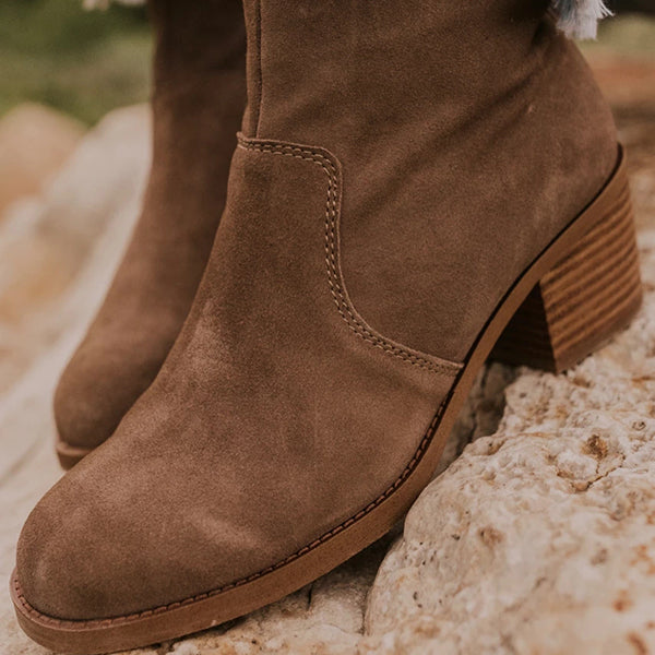 Fionachic Fall Brown Ankle Boot