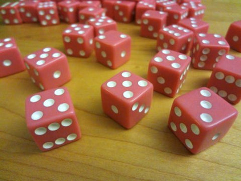 25 Pink Dice With White Pips 16Mm