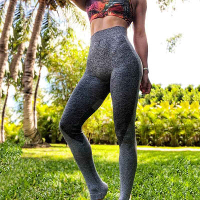 Women Seamless Heart Shaped Gym Leggings - Black Heart