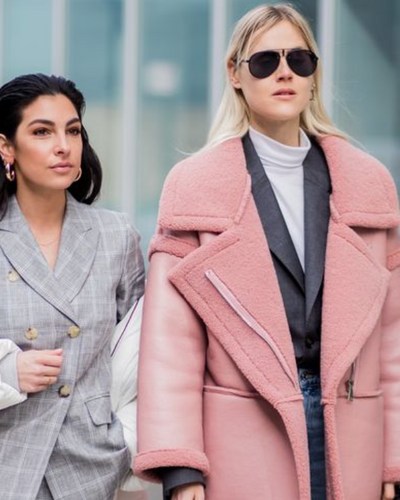 7 Stylish Winter Outfits to Wear When You Take That Snowstorm Selfie