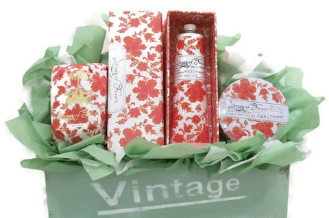 Field of Flowers Vintage Bath & Body Gift