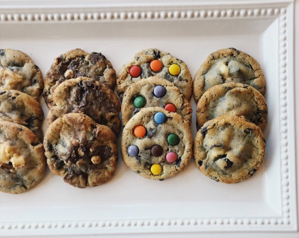 assorted chocolate chip cookies