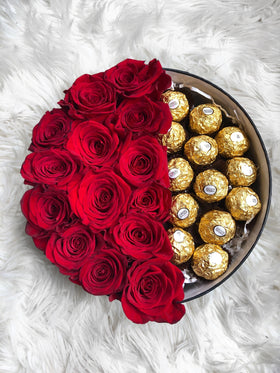 roses in a box, roses and ferrero rocher, roses and chocolates, red roses, round bloom box, box of roses and choocolates, luxe blooms roses