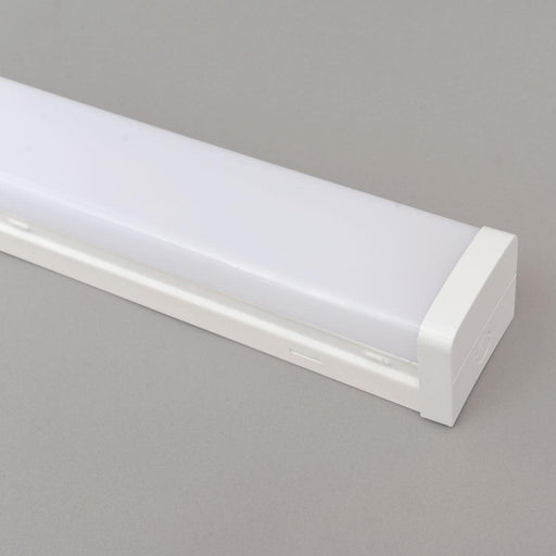 220 - 240V 4Ft. LED Batten 40W 4K Natural White 1200mm Long 1200L x 80W x 65D - The Lighting Shop