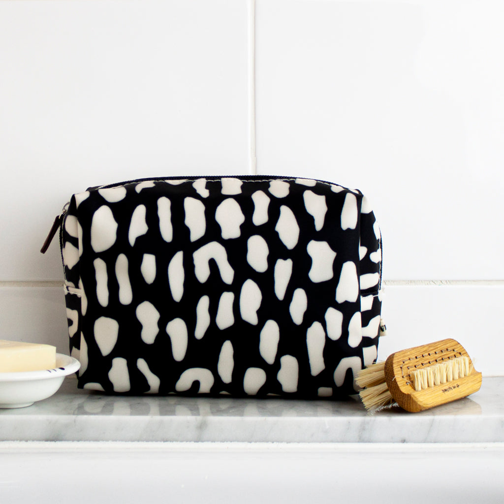 Rock Pool Cosmetics Bag