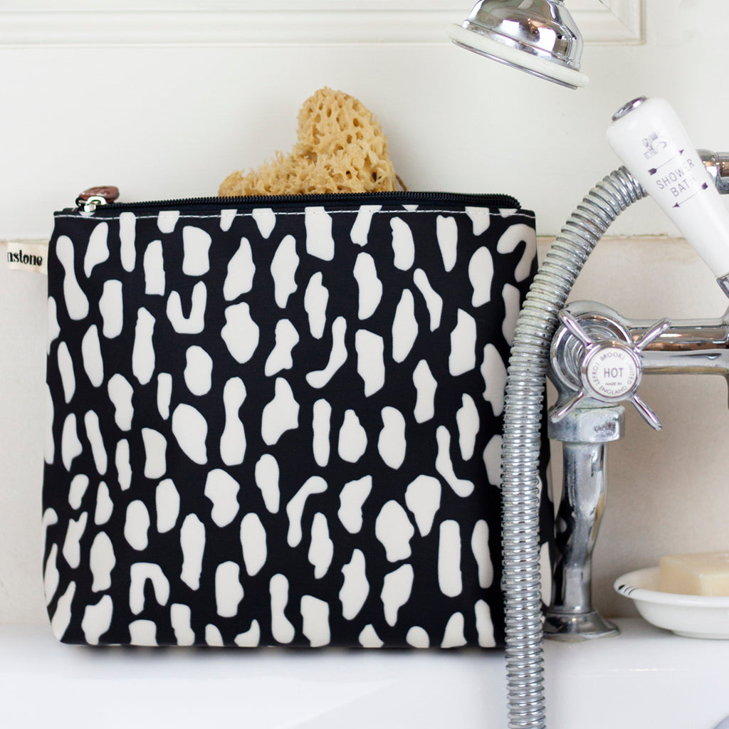 Rock Pool Tall Wash Bag