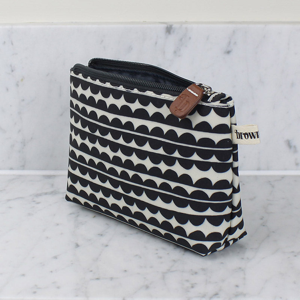 Scallop Make Up Bag