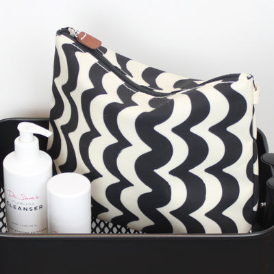 Wave Tall Wash Bag