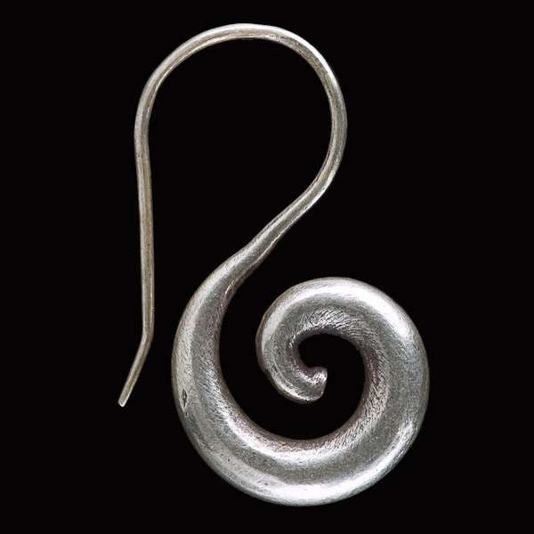Tribal Silver Spiraling Earrings - Tribu