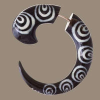 Matau Circle Fake Gauge Earring - Tribu