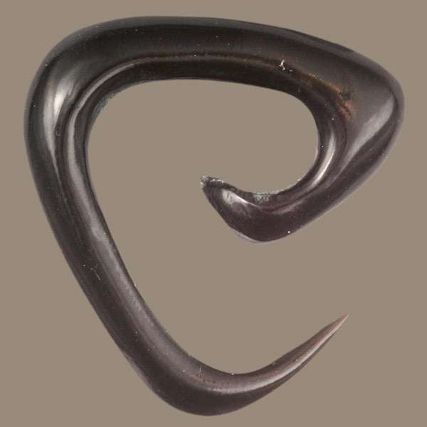 Triangular Spiral Solid Horn Hook - Tribu
