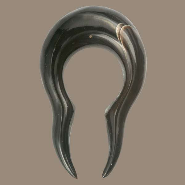 Horn Abstract Solid Tribal Hook - Tribu