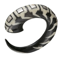 Horn Spiral Ear Strecher With Bone And Silver Inlay - Tribu  - 1