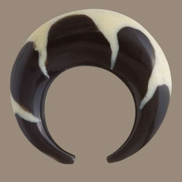 Rounded Ear Stretcher with Flame Bone Inlay - Tribu