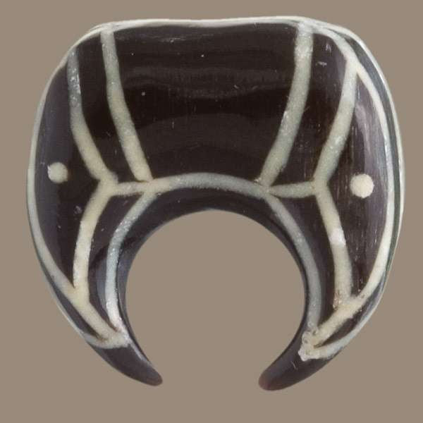Solid  Horn Tribal Hook With Bone Tribal Pattern Inlays - Tribu