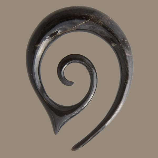 Pointy Spiral Horn Ear Stretcher - Tribu  - 1
