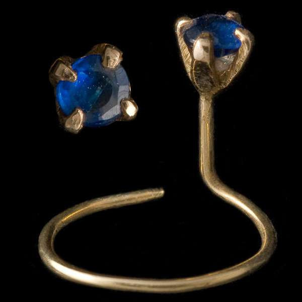 20 K Gold Nose Studs With Sapphire Stone - Tribu
