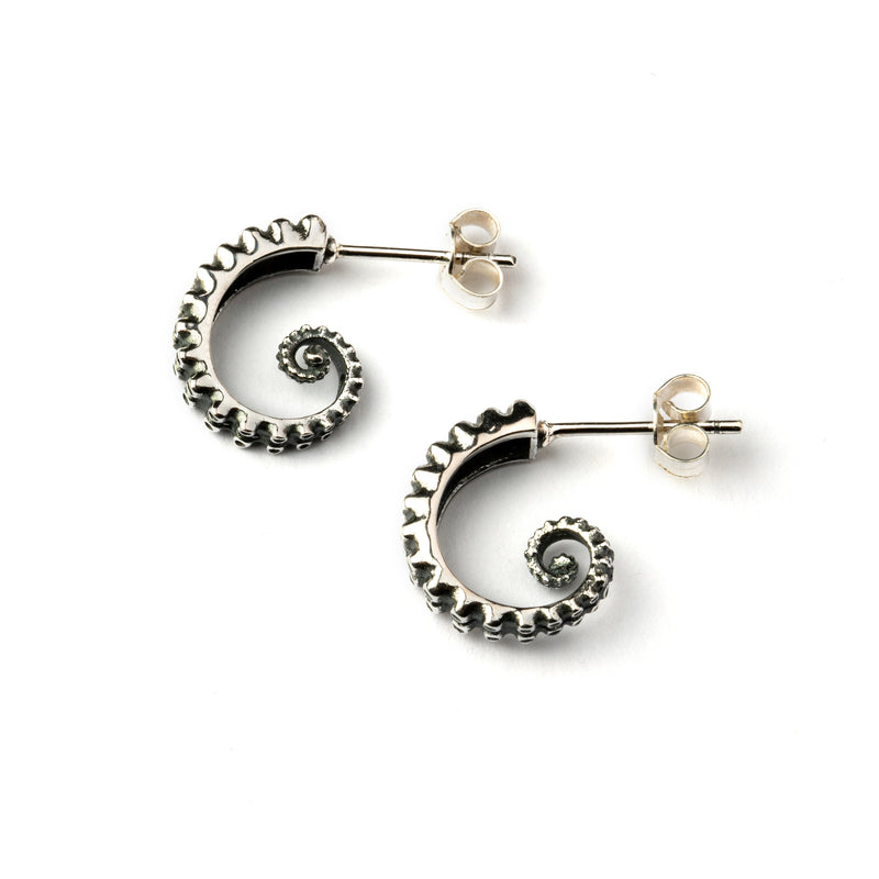 products/OctopusSilverEarrings_5.jpg
