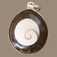 Dark Coconut Pendant with set Shiva Eye Shell - Tribu