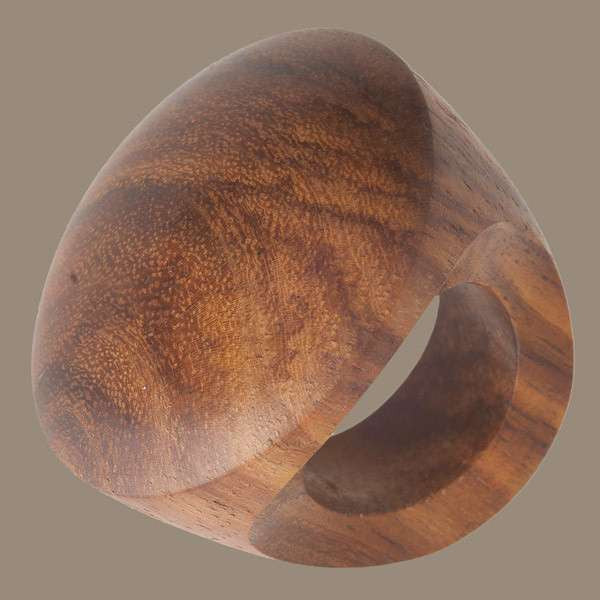 Chunky Wooden Ring - Tribu