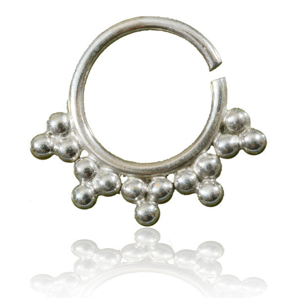 Silver Septum With Triangular Dots Decoration.Tragus/Helix/Cartilage/Nose Ring - Tribu  - 1