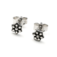 Silver flower ear stud earring | Tribu London