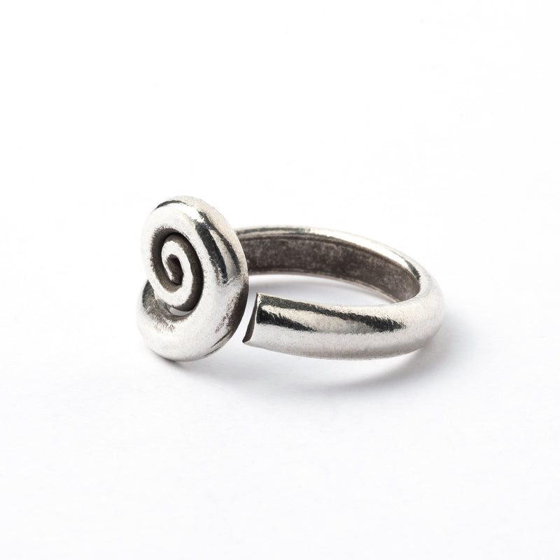 products/SilverTribalSpiralRing_1.jpg