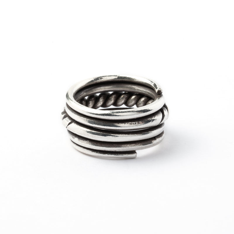products/SilverWellRing_4.jpg