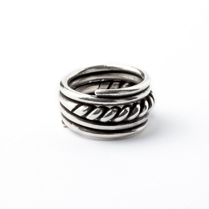 products/SilverWellRing_5.jpg