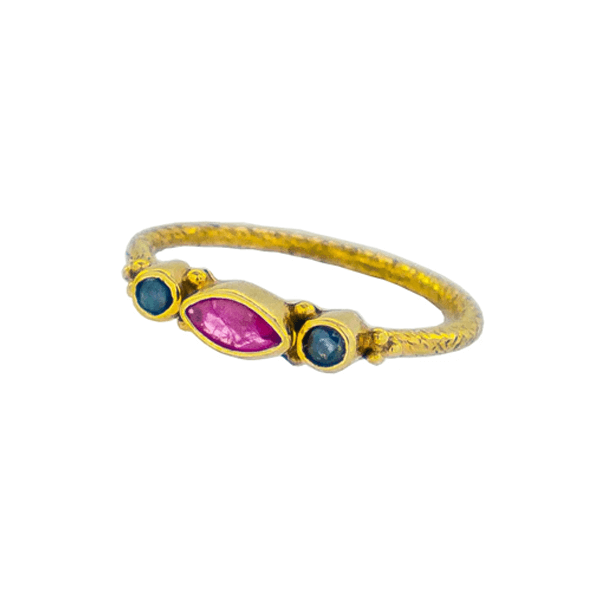 products/Untitled-2Ruby_and_Sapphire_Gold_Ring.png