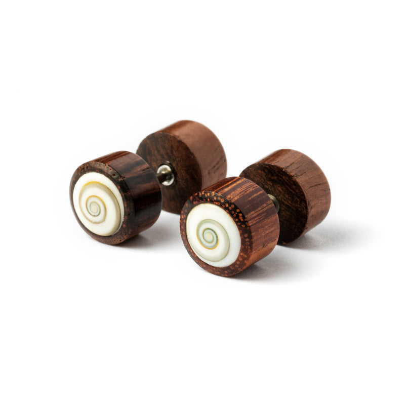 products/WoodenFakeGaugePlugEarringwithShivaEye_1.jpg