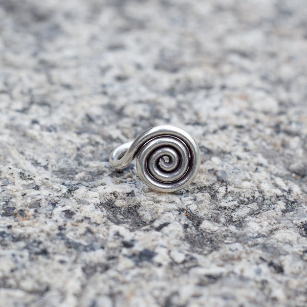 Silver Spiralling Line Tribal Silver Ring