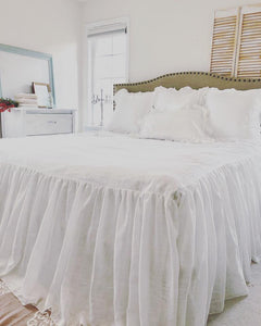 Ruffled Farmhouse Bedspread