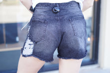 Load image into Gallery viewer, Vintage Distressed Shorts