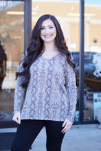Load image into Gallery viewer, Long Sleeve Snakeskin Ribbed Top