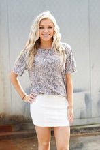 Load image into Gallery viewer, SNAKE PRINT SHORT SLV TOP
