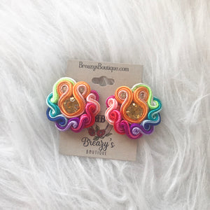 MINI ROUND EARRINGS - Breazy's Boutique