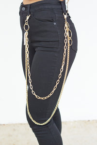 Feeling Edgy Chain Belt