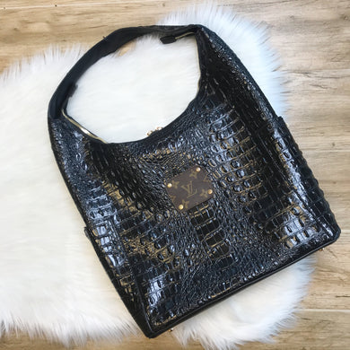 Unforgettable Shoulder Bag