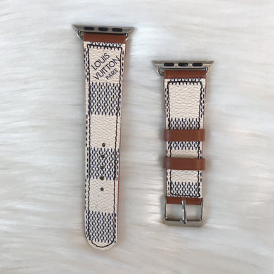 White/Beige 42/44 Checker Apple Watch Band