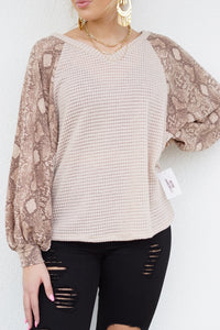 Snake Eyes Bubble Sleeve Top