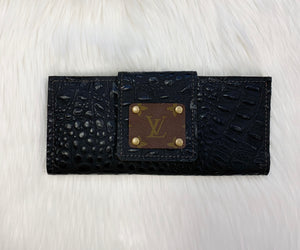 LV REPTILE BLACK WALLET