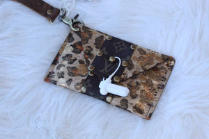Shelia Coin Purse - Breazy's Boutique