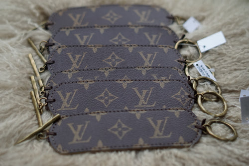 Lv Bracelet - Breazy's Boutique