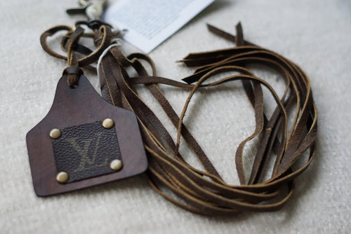 Lv Cattle Tag Key Chain - Breazy's Boutique