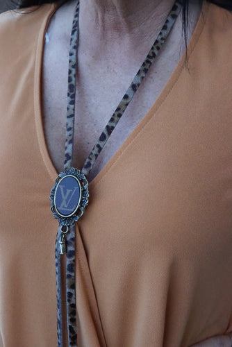 Lv Leopard Bolo Necklace - Breazy's Boutique