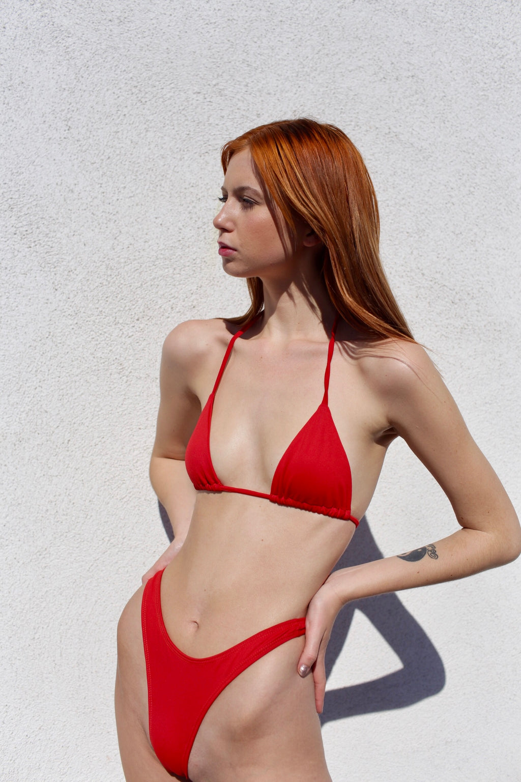ZANIA THONG BIKINI TOP - RED