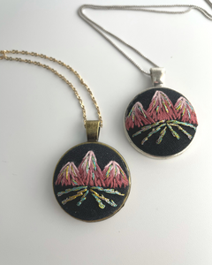 Triple Peak Necklace (Maroon)