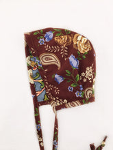 Load image into Gallery viewer, Brown/Blue Floral Bonnet - Vintage Pygmy